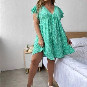 Boho plus size dot v neck ruffle sleeve dress